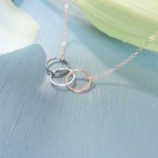 Rose gold silver interlocking circles necklace