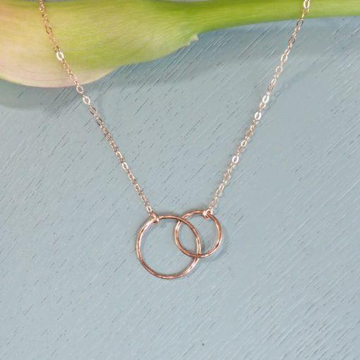 rose gold interlocking circles necklace
